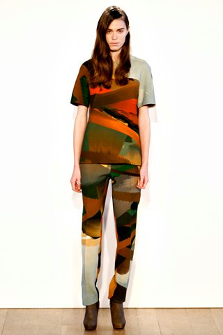 images/cast/00000496921222034=my job on fabrics x=basso & brooke -Fall 2011 show-